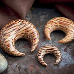 Coconut wood pincher