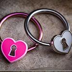 Heart locket captive