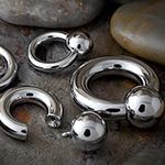 Screw ball captive ring