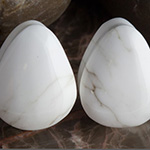 Howlite teardrop plugs
