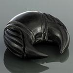 Black horn ornate pincher