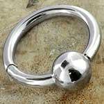Captive clicker ring