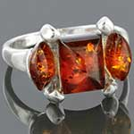 Sterling silver and amber ring (Size 8)