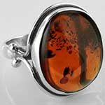 Sterling silver and amber ring (Size 7.5)