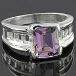 Sterling silver and amethyst ring (Size 7)
