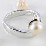 Silver faux pearl ring