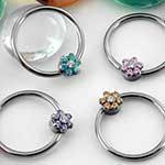 Flower captive bead ring