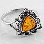 Silver and triangle amber ring